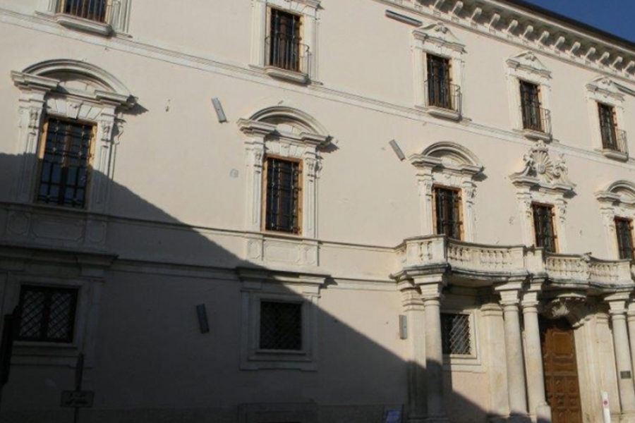 2012 001 – Valutazione di sicurezza e progettazione strutturale – L'Aquila